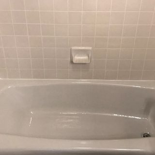 refinish fiberglass bathtub
